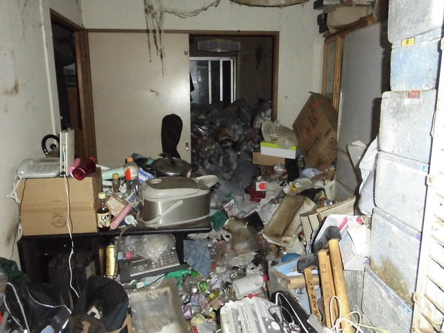 ゴミ屋敷 清掃 料金